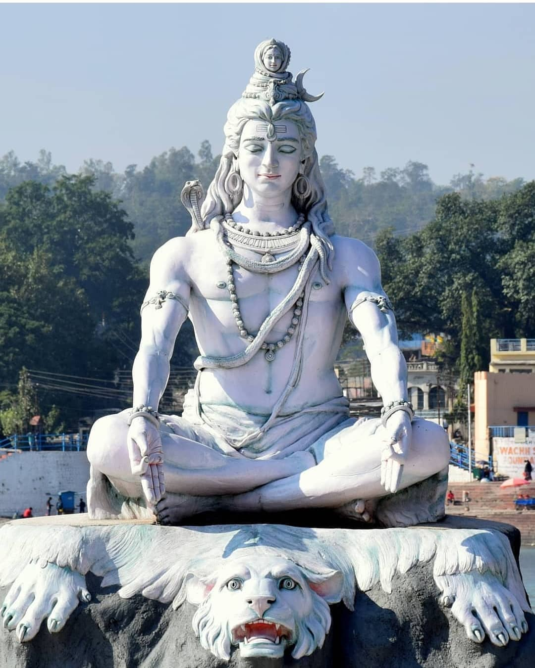 Huge God Shiva Statue Picture White