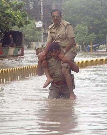 Indian Jugaad Indian Police Funny Facebook Pics