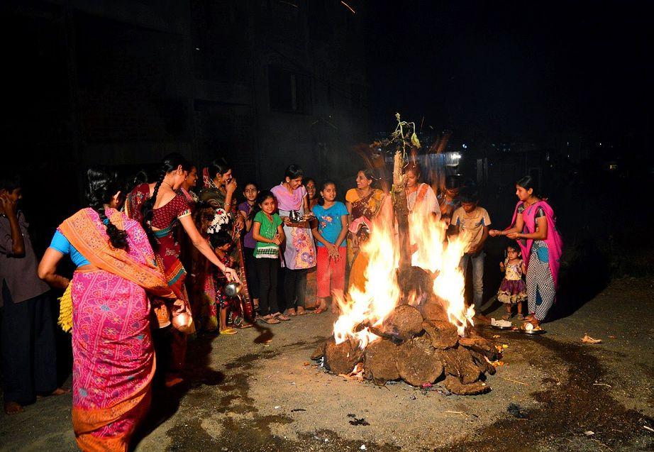 Photos of Holika Dahan in India