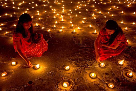 Diwali Par Diya Decoration Image Family Photo