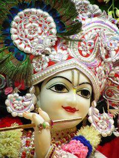 Krishna Deity Iskcon Picture HD