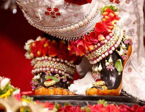 Lord Krishna Feet Image Lotus